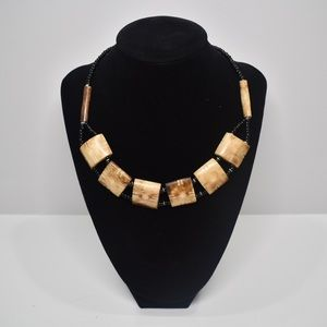 Jewelry - 📿 NEW Carved Faux Bone Necklace